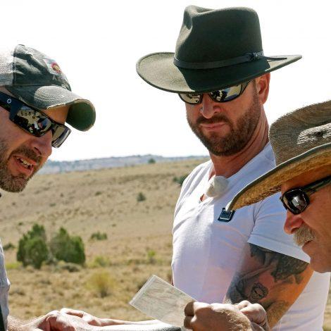 Guide Ludger mit Konny Reimann und Michael Wendler in der Wüste